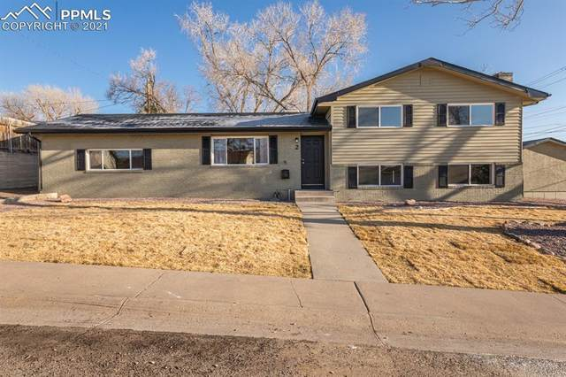 2 Meadowbrook Drive, Pueblo, CO 81001 (#1616655) :: Fisk Team, RE/MAX Properties, Inc.