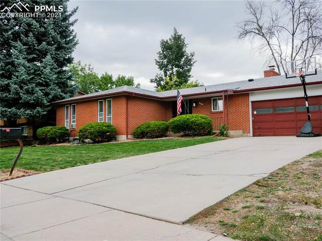 4422 Ranch Circle, Colorado Springs, CO 80918 (#1657573) :: The Gold Medal Team with RE/MAX Properties, Inc