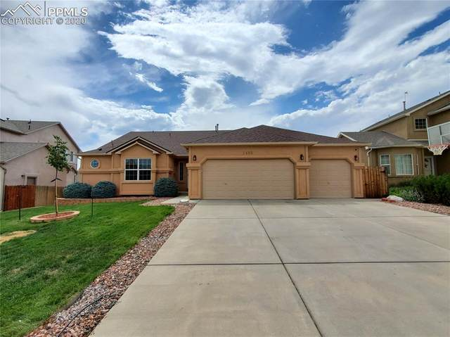 7493 Campstool Drive, Colorado Springs, CO 80922 (#1925221) :: Tommy Daly Home Team