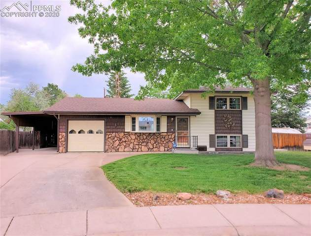 4022 Foster Circle, Colorado Springs, CO 80909 (#2028366) :: The Daniels Team