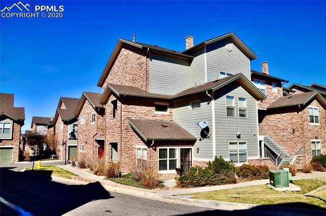 2512 S Bahama Circle A, Aurora, CO 80013 (#2351133) :: The Treasure Davis Team