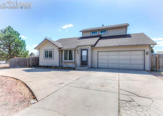 880 Greenbrier Drive, Colorado Springs, CO 80916 (#2405929) :: Finch & Gable Real Estate Co.