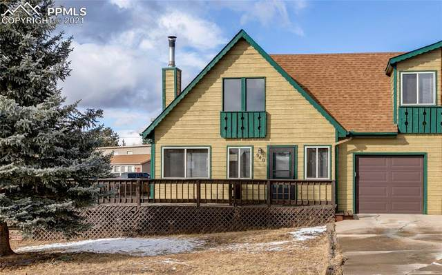 940 Forest Hill Road, Woodland Park, CO 80863 (#2550650) :: The Treasure Davis Team