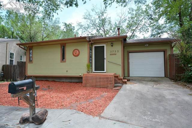 2725 Hangtree Court, Colorado Springs, CO 80907 (#2562308) :: Tommy Daly Home Team