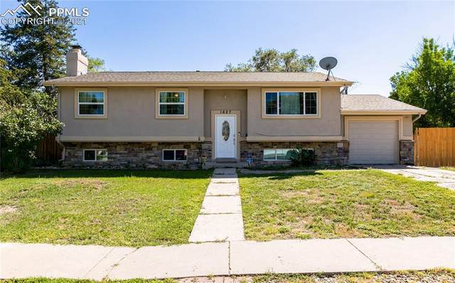 1627 Rushmore Drive, Colorado Springs, CO 80910 (#2573045) :: Tommy Daly Home Team