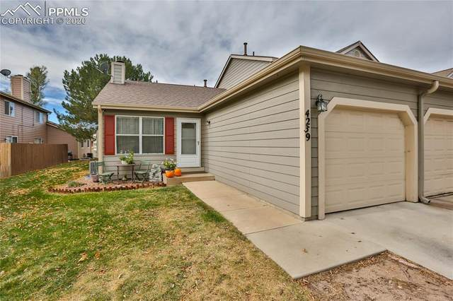 4239 Hunting Meadows Circle, Colorado Springs, CO 80916 (#2677162) :: The Treasure Davis Team