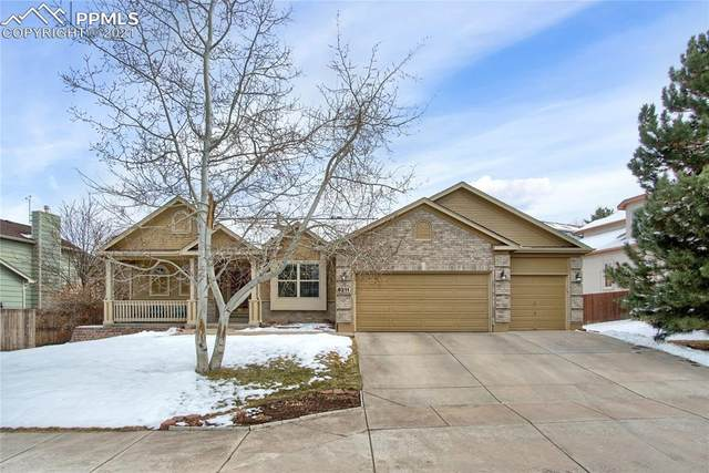 6211 Soaring Drive, Colorado Springs, CO 80918 (#2699860) :: The Dixon Group