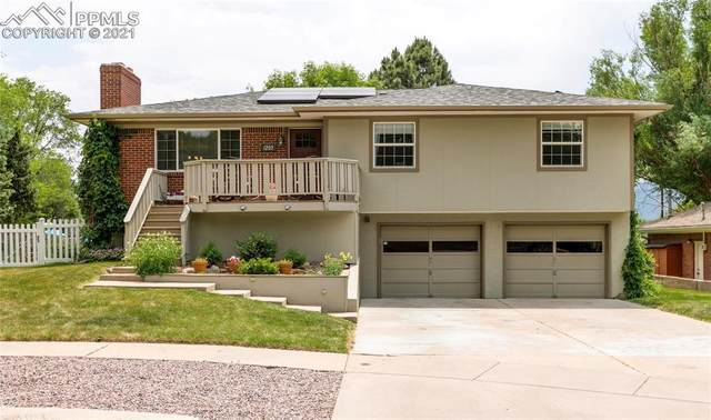 1203 Dent Circle, Colorado Springs, CO 80904 (#2775350) :: Hudson Stonegate Team