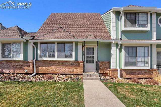 882 London Green Way, Colorado Springs, CO 80906 (#2858065) :: Hudson Stonegate Team