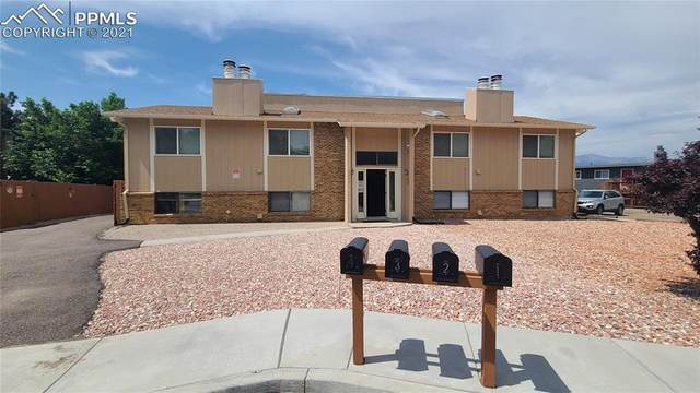 5025 N Carefree Circle, Colorado Springs, CO 80917 (#2895982) :: Finch & Gable Real Estate Co.