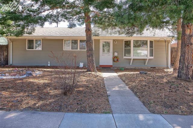 2515 N Meade Avenue, Colorado Springs, CO 80907 (#2923761) :: Jason Daniels & Associates at RE/MAX Millennium