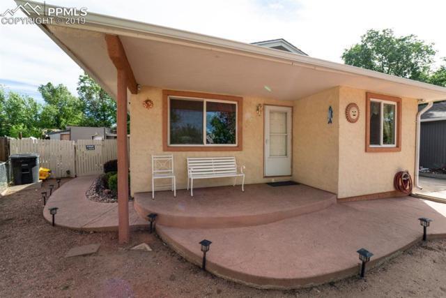 2834 Carmel Circle, Colorado Springs, CO 80910 (#2924346) :: Harling Real Estate