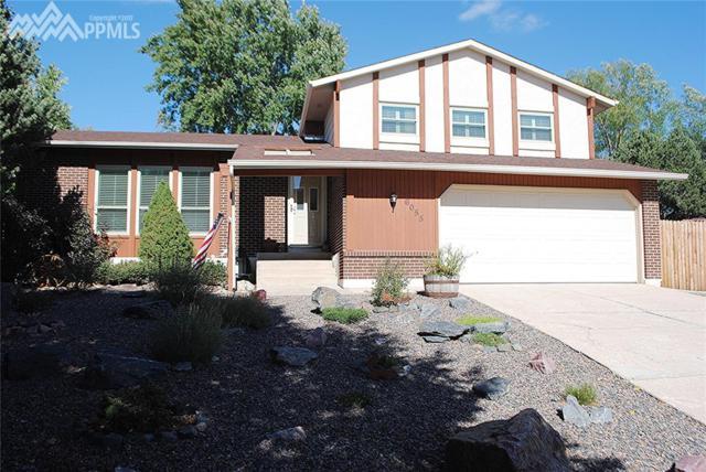 6055 Eagles Nest Court, Colorado Springs, CO 80918 (#2949321) :: 8z Real Estate