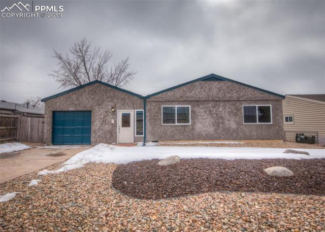 203 Elmwood Drive, Colorado Springs, CO 80907 (#3049835) :: Harling Real Estate