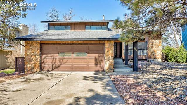 4332 Valencia Circle, Colorado Springs, CO 80917 (#3121691) :: The Dixon Group