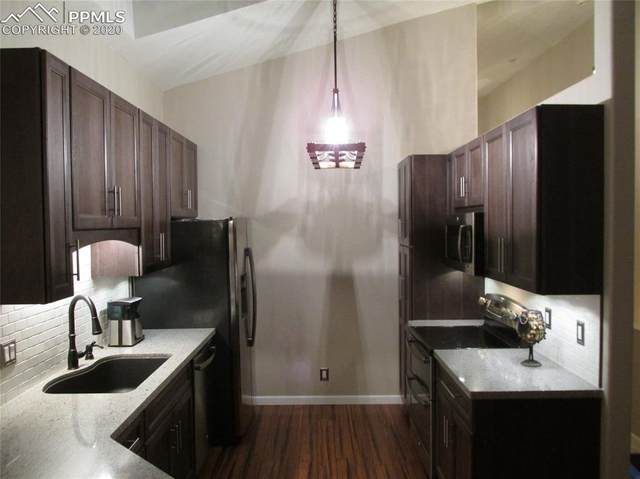 6621 Foxdale Circle, Colorado Springs, CO 80919 (#3136567) :: Finch & Gable Real Estate Co.