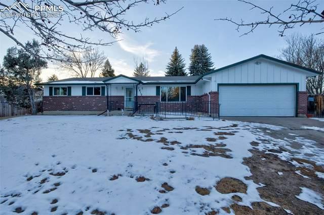 2810 Flintridge Drive, Colorado Springs, CO 80918 (#3217797) :: Hudson Stonegate Team