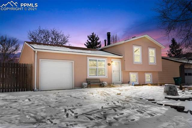 2789 Ferber Drive, Colorado Springs, CO 80916 (#3305873) :: The Dixon Group