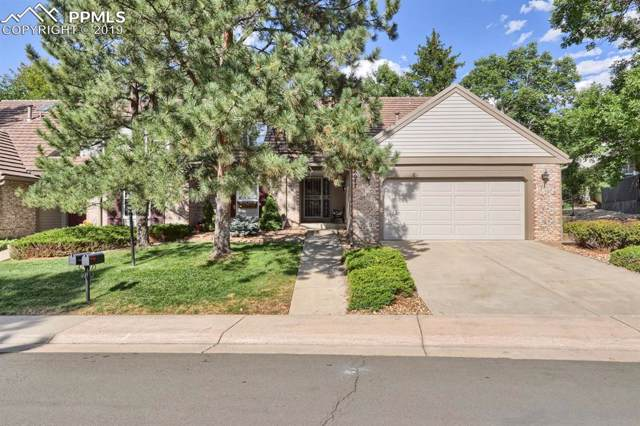 6077 E Briarwood Circle, Centennial, CO 80112 (#3349417) :: Tommy Daly Home Team