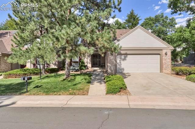 6077 E Briarwood Circle, Centennial, CO 80112 (#3349417) :: Colorado Team Real Estate