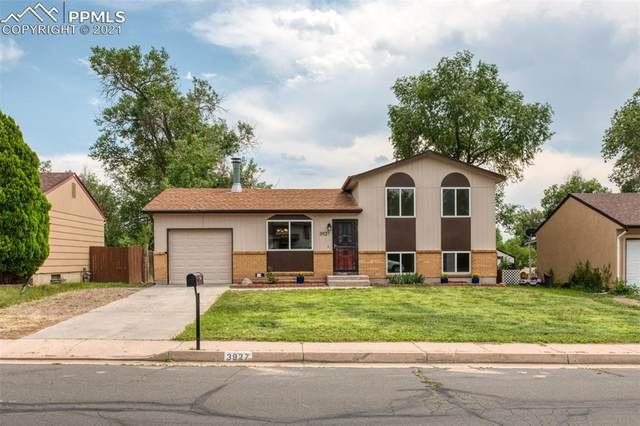 3927 Whittier Drive, Colorado Springs, CO 80910 (#3475587) :: The Artisan Group at Keller Williams Premier Realty