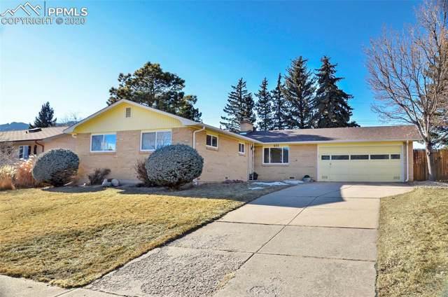 922 Crown Ridge Drive, Colorado Springs, CO 80904 (#3508881) :: Jason Daniels & Associates at RE/MAX Millennium