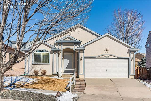 4934 Desert Varnish Drive, Colorado Springs, CO 80922 (#3522859) :: Tommy Daly Home Team