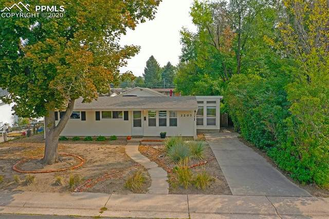 3207 Virginia Avenue, Colorado Springs, CO 80907 (#3646210) :: Venterra Real Estate LLC