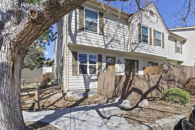 4330 Hunting Meadows Circle, Colorado Springs, CO 80916 (#3706493) :: 8z Real Estate