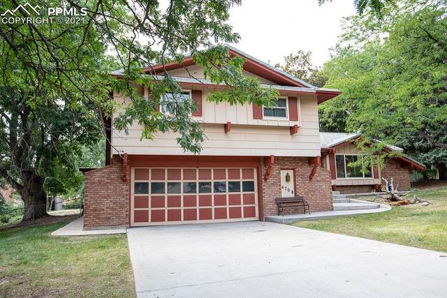4708 Vista View Lane, Colorado Springs, CO 80915 (#3736567) :: The Gold Medal Team with RE/MAX Properties, Inc