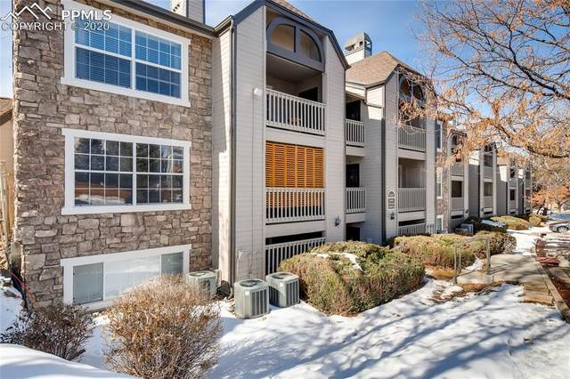 9212 E Arbor Circle J, Englewood, CO 80111 (#3906582) :: Action Team Realty