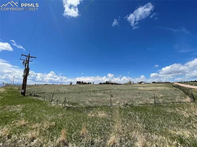 7530 Mohawk Road, Colorado Springs, CO 80908 (#4061048) :: HomeSmart