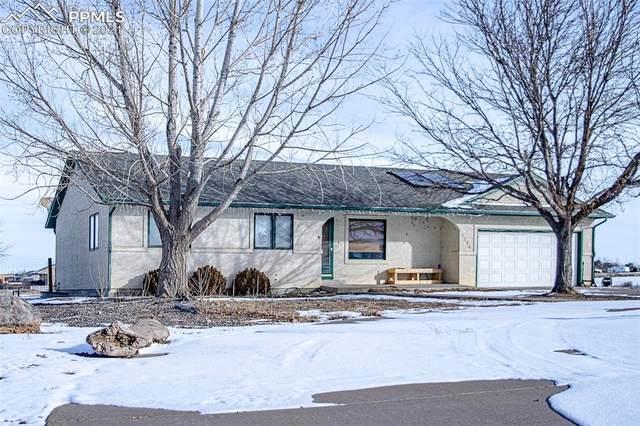 1215 W De La Vista Court, Pueblo West, CO 81007 (#4143180) :: The Harling Team @ HomeSmart