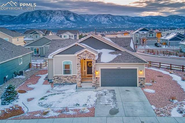 17888 White Marble Drive, Monument, CO 80132 (#4205987) :: The Harling Team @ HomeSmart