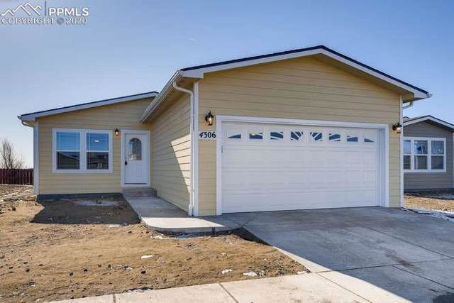 4306 Gray Fox Heights, Colorado Springs, CO 80922 (#4223546) :: 8z Real Estate