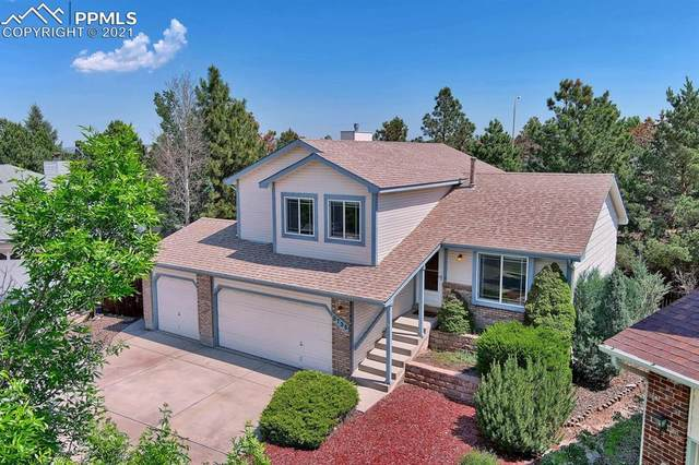 8735 Anglewood Court, Colorado Springs, CO 80920 (#4352997) :: Hudson Stonegate Team
