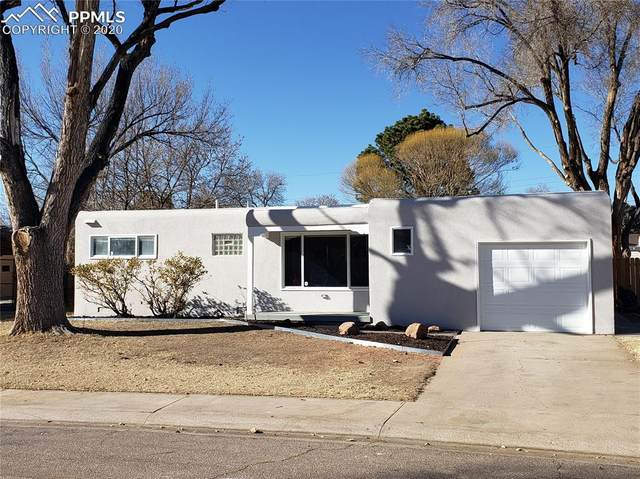 1821 Lark Bunting Lane, Pueblo, CO 81001 (#4356046) :: The Daniels Team