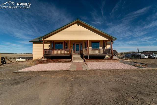 5517 County Road 124 Road, Elizabeth, CO 80107 (#4389040) :: The Daniels Team