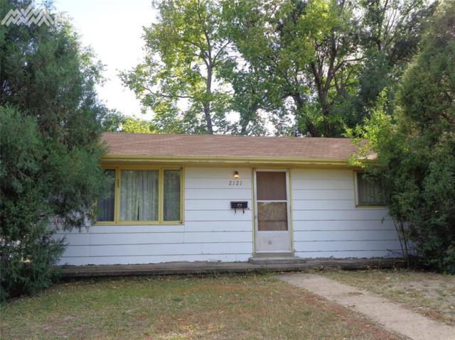2121 Ontario Drive, Colorado Springs, CO 80910 (#4453656) :: 8z Real Estate