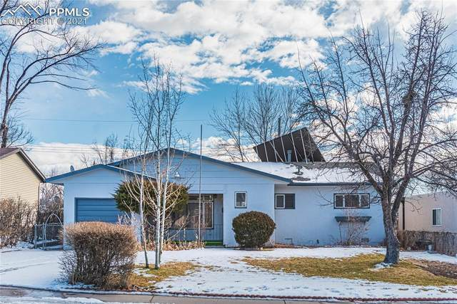 153 Everett Drive, Colorado Springs, CO 80911 (#4503183) :: HomeSmart