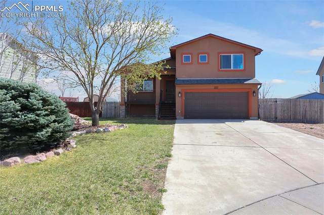 831 Eagle Bend Drive, Colorado Springs, CO 80911 (#4599878) :: Venterra Real Estate LLC