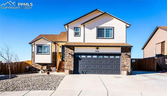 7710 Dutch Loop, Colorado Springs, CO 80925 (#4644792) :: HomeSmart