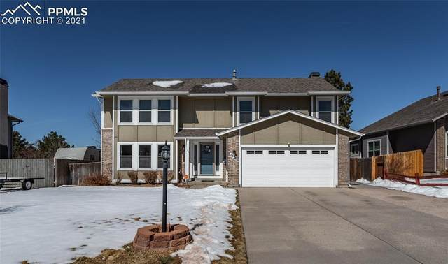 7820 Conifer Drive, Colorado Springs, CO 80920 (#4844644) :: Venterra Real Estate LLC