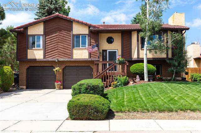 3950 Weather Vane Drive, Colorado Springs, CO 80920 (#4934318) :: Fisk Team, eXp Realty