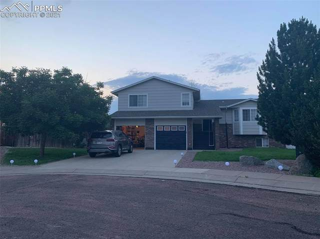 7811 Hidden Pine Drive, Colorado Springs, CO 80925 (#4983085) :: Venterra Real Estate LLC