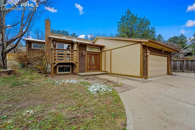 1107 Brittany Circle, Colorado Springs, CO 80918 (#5037498) :: The Dixon Group