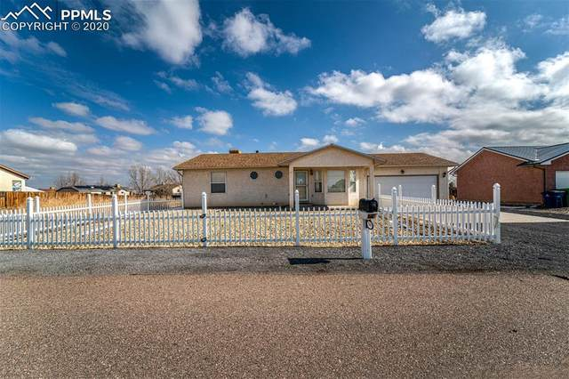 540 S Bond Drive, Pueblo West, CO 81007 (#5165640) :: The Treasure Davis Team