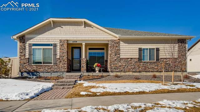 6724 Golden Briar Lane, Colorado Springs, CO 80927 (#5356835) :: The Dixon Group