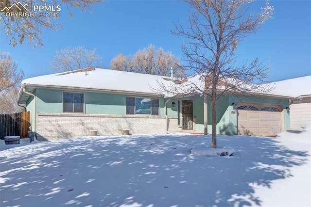 2060 Heatherdale Drive, Colorado Springs, CO 80915 (#5394901) :: The Treasure Davis Team