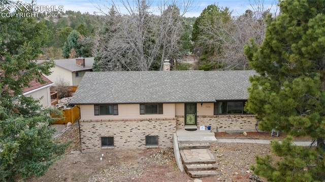 7320 Delmonico Drive, Colorado Springs, CO 80919 (#5429397) :: The Daniels Team